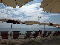 ultimo giorno ? (fotomie2009) Tags: sea italy beach italia mare liguria copacabana parasol spiaggia stabilimento balneare bagni ombrellone spotorno