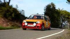 16 RENAULT 5 GT TURBO . Ral·li de Valls 2014 _8564 (antarc foto) Tags: escuderiamotorterrassa trius alemany jordi pujol gallego isaac renault gt turbo r5 renault5 2014 ral·liciutatdevalls valls altcamp tarragona catalunya ral·li rally rallye race racing races motor motorsport