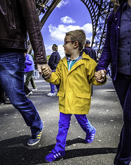 Happy Family (khalidinho) Tags: travel paris france travelling scott photo europe euro walk eiffeltower eiffel photowalk kelby scottkelby worldwidephotowalk wwpw khalidinho khalidinho1 kelbyone khalidinhophotography khalidinhophotographycom wwwkhalidinhophotographycom wwpw2014