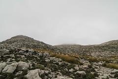cloud - summit (SpotShot) Tags: mountain berg clouds canon eos spain low wolken tokina 7d summit pro mallorca f28 116 spanien dx atx puig tief massanella 1116 balearischeinseln escorca 1116mm canoneos7d tokinaatx116