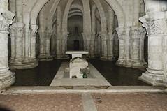 Charentes-Maritimes Poitou-Charentes France ( photopade (Nikonist)) Tags: france architecture macintosh mac nikon eglise saintes crypte charentes charentesmaritimes poitoucharentes nikond300 sainteutrope