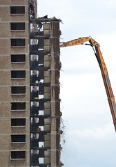 Lincoln Flats Demolition (Michelle O'Connell Photography) Tags: autumn building abandoned scotland community glasgow empty demolition highrise derelict demolished towerblocks highflats knightswood lincolnavenue lincolnflats knightswoodglasgow michelleoconnellphotography knighstwoodflats