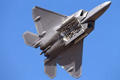 10-4195_F-22A_KHIO_6966 (Mike Head -Jetwashphotos) Tags: usa oregon america us or raptor hillsboro hio lockheedmartin khio 5thgen f22a oregoninternationalairshow