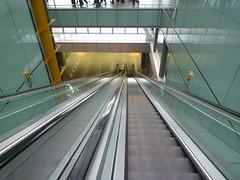 201409004 London Heathrow airport (taigatrommelchen) Tags: 20140936 uk london boroughofhillingdon airport stairs lhr egll