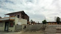 Ruinas 02462 (Omar Omar) Tags: mexicali bajacalifornia bassecalifornie mexico méxico mexque desert desierto calor caloron cachanilla abandono derrumbe ruin ruins ruinas viejospalacios america