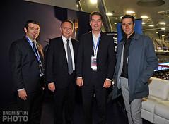 En présence de Richard Remaud Président de la FFBAD, de Poul-Erik Hoyer Président de la BWF et du champion olympique et membre du CIO, Tony Estanguet