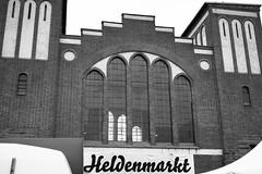 Heldenmarkt. Postbahnhof Berlin. (Websenat) Tags: november food berlin de deutschland vegan nikon bio fair event veranstaltung messe paleo konsum 2014 d4 postbahnhof ko nachhaltig heldenmarkt