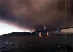 Oakland Hills fire (sftrajan) Tags: sanfrancisco california smoke baybridge scanned 1991 fuego 1990s wildfire firestorm nikonem oaklandhillsfire