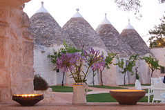 "trulli <a style=""margin-left:10px; font-size:0.8em;"" href=""http://www.flickr.com/photos/118782612@N04/15709948492/"" target=""_blank"">@flickr</a>"