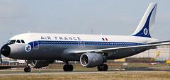Airbus-320 F-GFKJ (707-348C) Tags: a320 fgfkj retrojet airfrance cdg lfpg airliner jetliner passenger airbus airbus320 degaulle paris afr