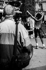 (Romi G) Tags: street people blackandwhite bw woman white man black paris photography blackwhite noir photographie noiretblanc femme nb blanc homme gens noirblanc