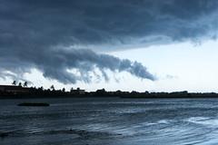 Wenn der Regen Kommt (zirano) Tags: vietnam sunset cloud sky beach nature sea