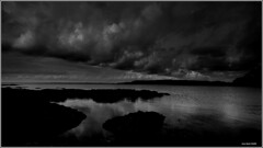 Menace..... (crozgat29) Tags: jmfaure crozgat29 canon ciel sigma sea seascape sky nature nuages nb paysage