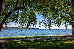Park Bench View (Don3rdSE) Tags: don3rdse 3rdsiblingphotography canon canon5d 5d eos september 2016 wi wisconsin doorcounty trip vacation sturgeonbay scenic water peninsula waterscape tourist ephraim shore waves
