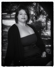 A Day in the Park (Oliver Leveritt) Tags: nikond60 afsdxvrnikkor55200mmf456gifed oliverleverittphotography portrait woman bbw kitlens monochrome blackandwhite pretty