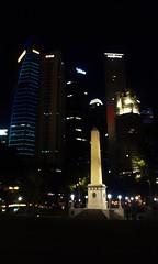 Cenotaph (Canis lupus alba) Tags: singapore cenotaph skyscraper downtown financialcentre