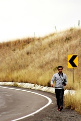 Friki Alienigeno en carretera (Checker Morgendorffer) Tags: chihuahua mexico desert wild menonitas amish cuauhtemoc manzanas carretera crossroads flowers flores invierno winter north photography class