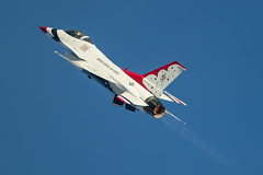 Thunderbird creating thunder (Nick Collins Photography, Thanks for 2.1 million v) Tags: aviation nation nellis nevada aircraft airshow usaf usa canon 7dmk2 500mm thunderbirds lockheed martin f16c fighting falcon