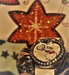 Macro Mondays - Arrow (tonigirl_cro1) Tags: macromondaysarrow macromondays arrow clock olympus olympuse420 macro dof tonigirl toni christmastime wristwatch watch kitty hellokitty zircons cirkoni sparkle twinkle shimmer beobachten