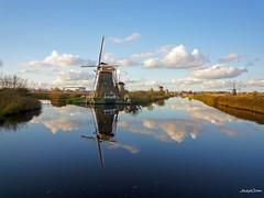 Kinderdijk Mills Landscape (JaapCom) Tags: jaapcom kinderdijk mill molen moulin molino molinos clouds reflection water polder dutchnetherlands hollanda natural