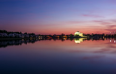 The Jefferson Memorial (Geoff Livingston) Tags: jeffersonmemorial reflectingpool tidalbasin monument sunset water sunrise dawn