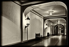 Hallway (menonfire mp) Tags: hannover 2016 uww sw silverefex