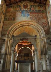 Tuscania - Santa Maria Maggiore 12 (anto_gal) Tags: lazio viterbo tuscania 2015 chiesa romanico santamariamaggiore altare ciborio affresco giudiziouniversale