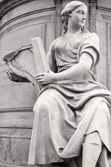 Hibernia (Viajante) Tags: hibernia ireland art sculpture statue london england unitedkingdom uk