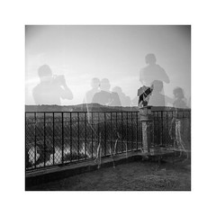 Avignon #33 (nicolasjahan) Tags: bw film saint exposure lubitel pont rodinal avignon ilford multi doms panf richer benezet
