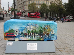 New Routemaster Bus Sculpture, Trafalgar Square, London, 22/10/14 (aecregent) Tags: london trafalgarsquare 221014 yearofthebus trafalgarpanoramic newroutemasterbussculpture