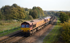 66150 & 66172 passing through Old Denaby with a Belmont Down Yard to Masborough, 31st Oct 2014. (Dave Wragg) Tags: railway loco locomotive class66 ews 66172 66150 olddenaby