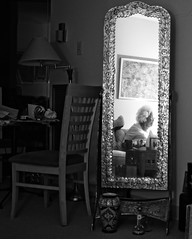 P9250066t_x (Mark_Daniels) Tags: bw mirror interior mother olympus f18 25mm j23k mzuiko