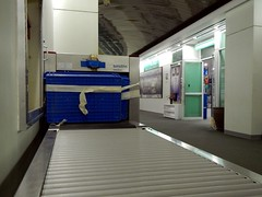 Davao Airport X-Ray Scanner (Mark Obusan) Tags: broken death airport gun scanner philippines terrorist systems criminal xray drugs terrorism violence parcel baggage bomb protection defense smiths davao injured outoforder inoperative dvo miaa heimann rpmd smcinemas manilainternationalairportauthority dpspi