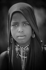 Ethiopie:la vallée de l'Omo,les Erbore. (Claude Gourlay) Tags: africa portrait people blackandwhite bw face portraits blackwhite noiretblanc retrato african nb tribes afrika omovalley ethiopia ethnic minority ritratti ritratto tribo afrique omo eastafrica etiopia ethiopie arbore etiopija ethnie omoriver africanculture erbore ätiopien afriquedelest animiste minorité valléedelomo claudegourlay