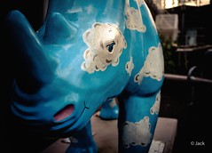 this rhino is a work of art (Jack_from_Paris) Tags: street leica uk blue eye art colors statue raw mail rangefinder oeil m type southampton capture mode f28 rhinoceros regard 240 lightroom dng corne 10770 nx2 tlmtrique 11643 l1002296 leicasummaritm35mmf25asph