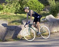 Cyclist (alobos Life) Tags: chile parque santiago boy guy primavera bicycle de outdoors spring day cyclist body bicicleta deporte chileno metropolitano chilean providencia deportista 2014
