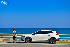 (Moson Kuo) Tags: ocean travel school sea seascape cars nature beautiful station train landscape volvo diesel taiwan automotive vehicles    ultrawide awd   taitung   2014     powershift       9   afs2470mm28g   v40crosscountry afs1424mm28g      hoteldetrianon