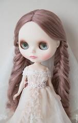 Bianca Pearl (margonyes) Tags: canon eos bride doll mark iii 5d pearl blythe neo bianca takara limitededition cwc rbl whiteskin canon5dmarkiii biancapearl