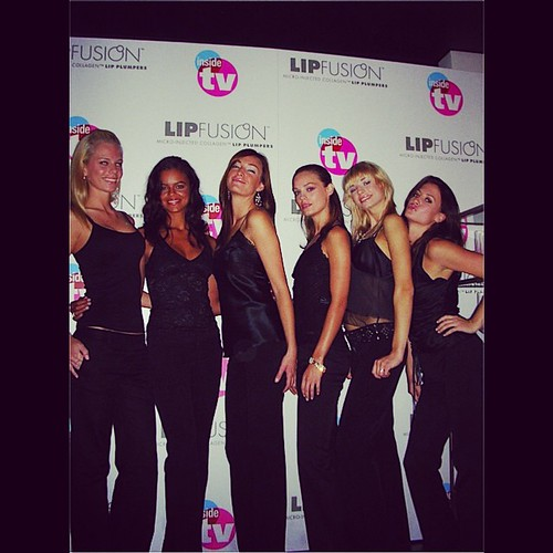#TBT to 2005 TV Guide event! Our lovely ladies rockin' it for a #lipfusion promo! 💋 #events #tvguide #eventlife #models #promotions #hollywood #200ProofLA #200Proof