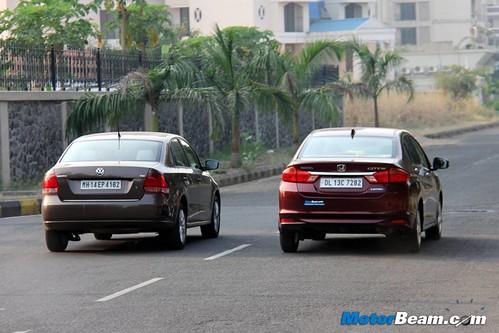 Volkswagen-Vento-vs-Honda-City-05