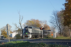 The Graffiti (er, Polar) Express screams through Avalon (AndyWS formerly_WisconsinSkies) Tags: train railroad railway railfan wisconsinandsouthern wsor iowapacific slrg emd e9 e9a eunit locomotive
