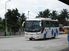 Husky Tours 5088 (Monkey D. Luffy 2) Tags: daewoo guillin bus mindanao philbes philippine philippines photography photo enthusiasts society