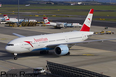 OE-LPB / Austrian Airlines / Boeing 777-2Z9(ER) (Peter Reoch Photography) Tags: oelpb austrian airlines boeing 7772z9er austria vienna vie airport b777 777 airliner aircraft aviation flying