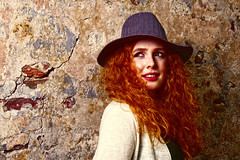 Henriet (etsie74) Tags: model girl canon canonphotography 135mm redhair redhead hat wall colors fall autumn light goddox