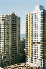 Seattle (bior) Tags: seattle towers apartment condo condominium leicam3 leica 50mm summicron fujifilmsuperia superia superiaxtra film