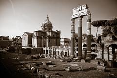 Roma Antica (++sepp++) Tags: roma lazio italien it rom rome italy italia romaanitca ancientrome antikesrom architektur architecture historischegebude historicbuilding bw blackwhite monochrom einfarbig sw schwarzweis forumromanum