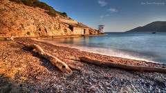 Morning Quiet (Luca Enrico Photography) Tags: isoladelgiglio campese seascape longexposure hdr faraglioni spiaggia beach tronco wood d7100 sigma1020 nd