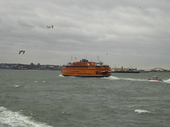 Sailing on the Staten Iisland Ferry New York November 2016  (41) (Richie Wisbey) Tags: staten island ferry new york free service gratis statue liberty ellis governors bowling green verazano straits bridge hudson river east bay manhattan skyline big boat richard richie wisbey flickr explore exploring usa