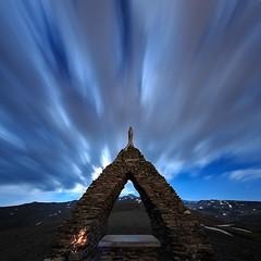 Virgen de las Nieves (Antonio_Luis) Tags: virgen de las nieves parque natural sierra nevada noche nocturna larga exposicion nubes luz luna nieve veleta granada andalucia