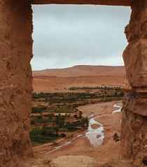 through the window (Pamela_Souza) Tags: morocco marrocos africa canon photography